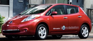 Nissan-Leaf-rot300