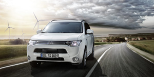 Mitsubishi-Outlander-PHEV-Werbung