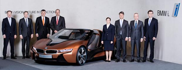 BMW-i8-Roadster-Gruppenbild