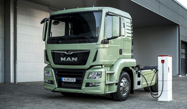 MAN-Sattelzug-Electric-620