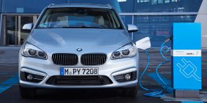 bmw-phev-ladestation