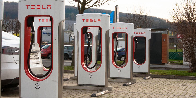 Tesla Ladesäulen für alle! - Seite 3 - Auch wenn TES...