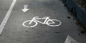 fahrrad-fahrradweg-radweg-symbolbild