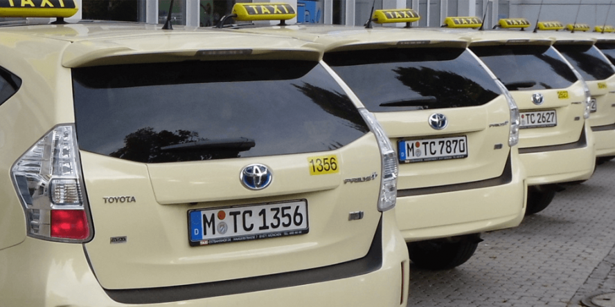 toyota-prius-hybrid-taxi-ostbahnhof-umwelttaxi-muenchen-02