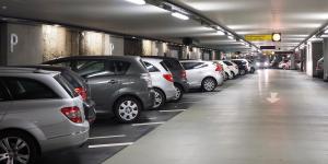 parkplatz-parkhaus-parken-symbolbild-pixabay