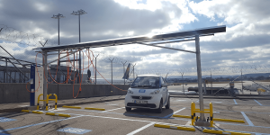 car2go-stuttgarter-flughafen-ladestation-ladearm-enbw
