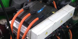 elektronik-elektroauto-elektromotor