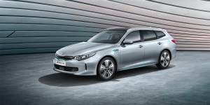 kia-optima-sportswagon-phev-2017-01