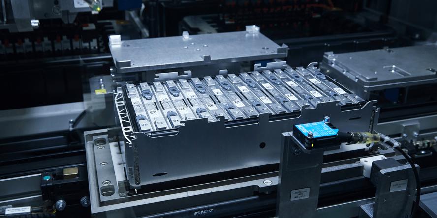 bmw-batterie-zellen-module