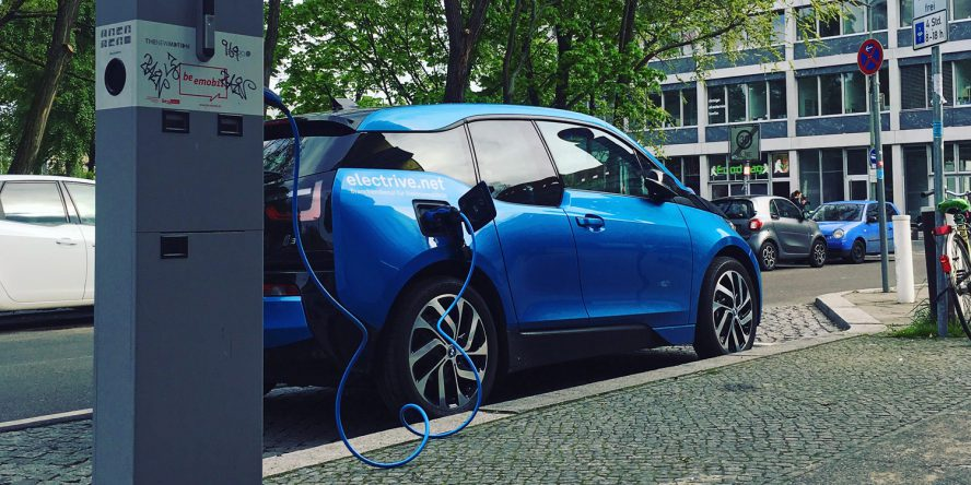 Ladestation-Berlin-BMWi3-Mai2017