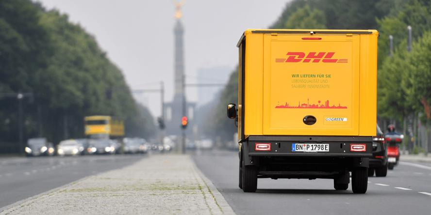 deutsche-post-dhl-streetscooter-berlin-2017-siegessaeule