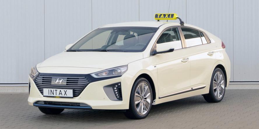 hyundai-ioniq-hybrid-taxi-intax