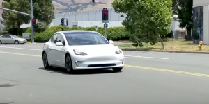 tesla-model-3-weiss-video