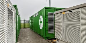 alfen-nuon-energiespeichersystem-bmw-batterien-zeewolde