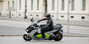 bmw-c-evolution-elektroroller-01