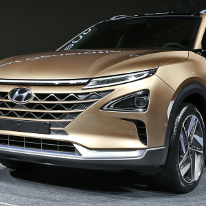 hyundai-fuel-cell-2017-h2-suv-01