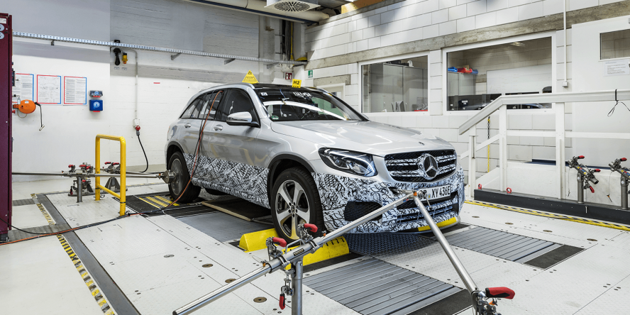 mercedes-benz-glc-f-cell-phev-2017-03