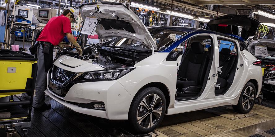 nissan-leaf-elektroauto-2017-final-fabrik-montage