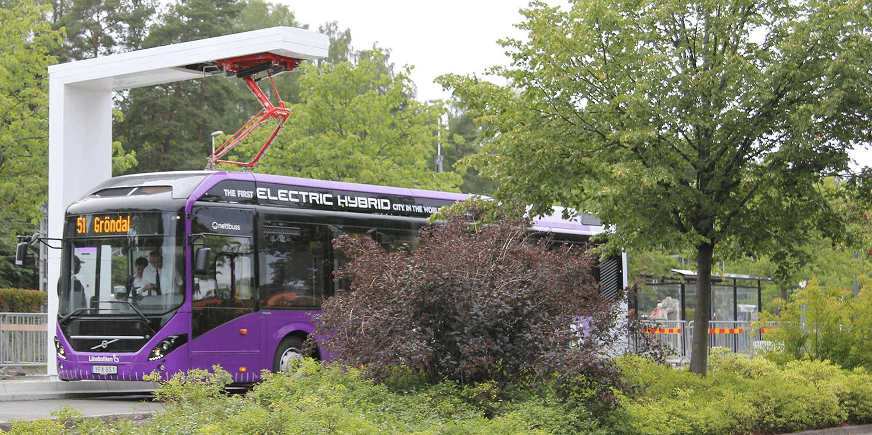 volvo-7900-hybridbus-02