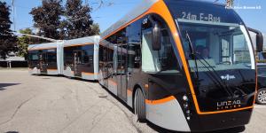 doppelgelenk-oberleitungs-elektrobusse-van-hool-linz-kiepe-electric