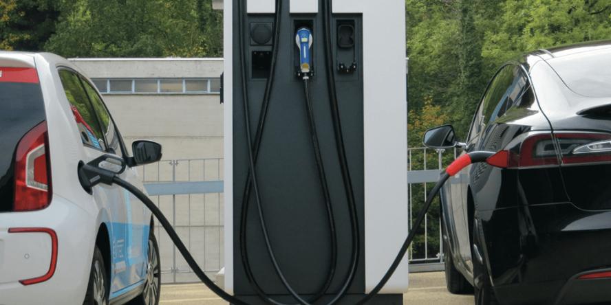 evtec-ladestation-dc-type-2-plug-evs30-02