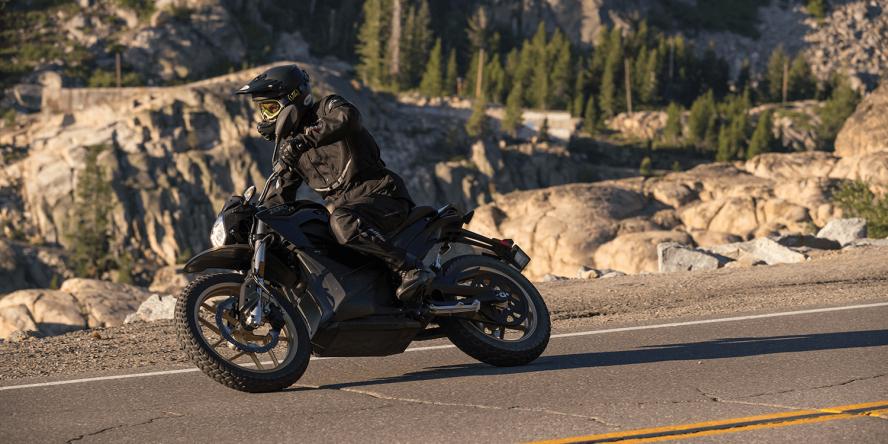 zero-motorcycles-e-motorrad-dsr-01