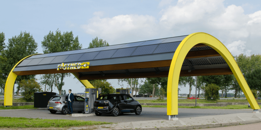 fastned-ladestation-symbolbild-01