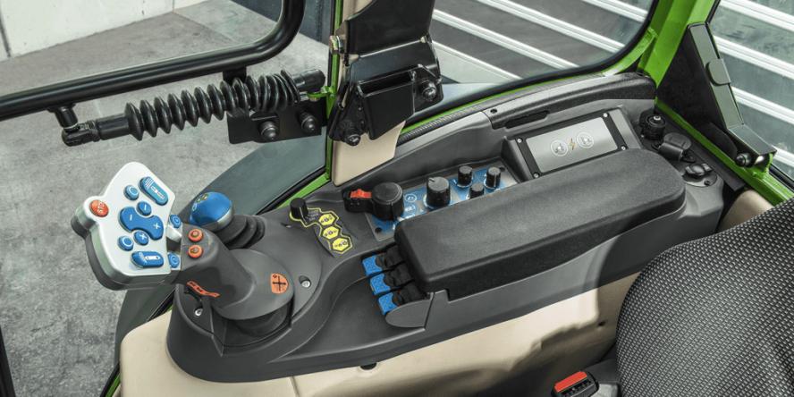 fendt-e100-vario-elektro-traktor-04