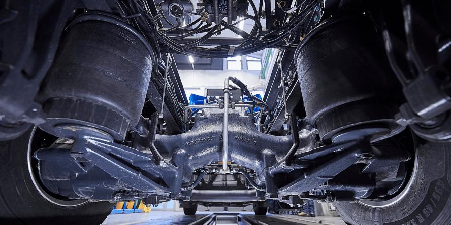 daimler-mercedes-benz-eactros-e-lkw-electric-truck-2018-10