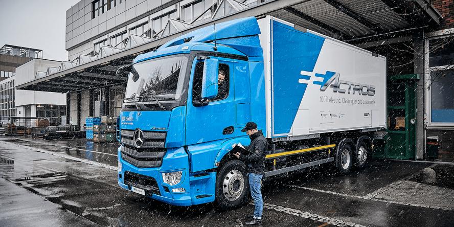 daimler-mercedes-benz-eactros-e-lkw-electric-truck-2018-14