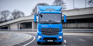 daimler-mercedes-benz-eactros-e-lkw-electric-truck-2018-18