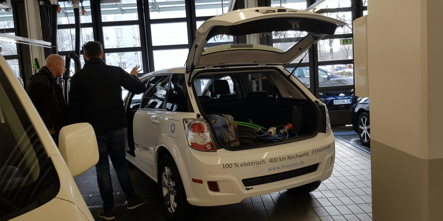 e-taxi-event-muenchen-stefan-koeller-byd-e6-02