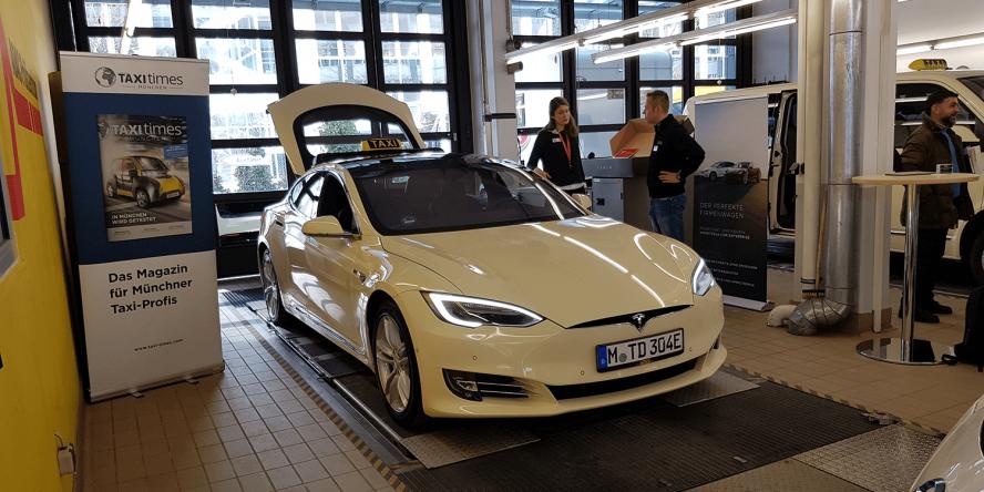 e-taxi-event-muenchen-stefan-koeller-tesla-model-s-01