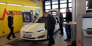 e-taxi-event-muenchen-stefan-koeller-tesla-model-s-02