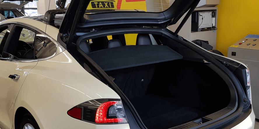 e-taxi-event-muenchen-tesla-model-s-stefan-koeller-01