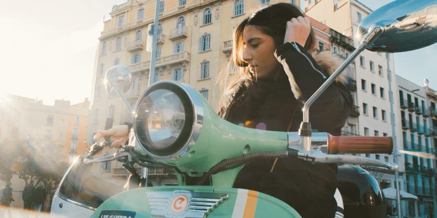 yugo-e-scooter-sharing-e-roller-04