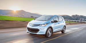 chevrolet-bolt-electric-car-elektroauto-02