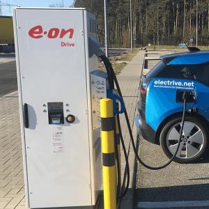 eon-ladestation-charging-station-peter-schwierz
