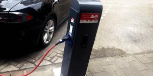 evbox-charging-station-ladestation-netherlands-niederlande-amsterdam-daniel-boennighausen