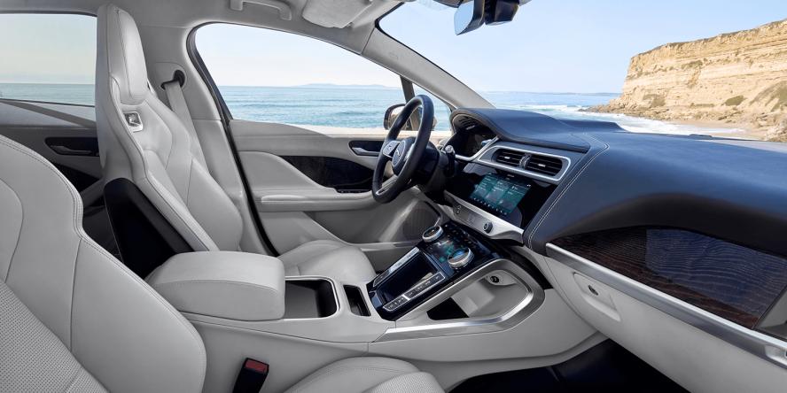 jaguar-i-pace-2018-elektroauto-electric-car-07