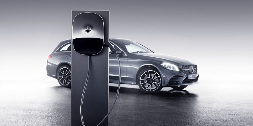 mercedes-benz-phev-ladestation-charging-station-01