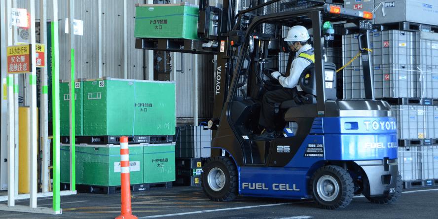 toyota-brennstoffzellen-gabelstapler-fuel-cell-japan-04