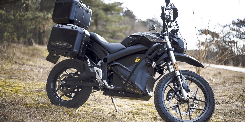 zero motorcycles stellt e motorrad dsr black forest vor. Black Bedroom Furniture Sets. Home Design Ideas