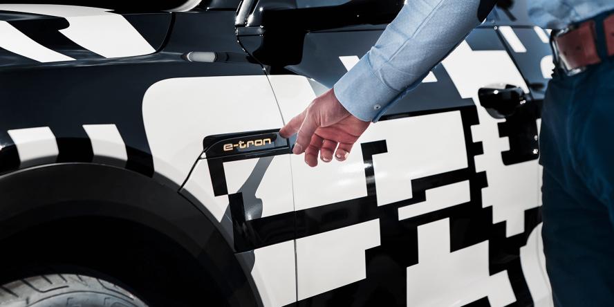 audi-e-tron-quattro-concept-car-2018-peter-schwierz-02