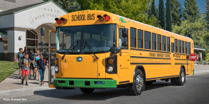 blue-bird-re-electric-bus-elektrobus-school-bus-02