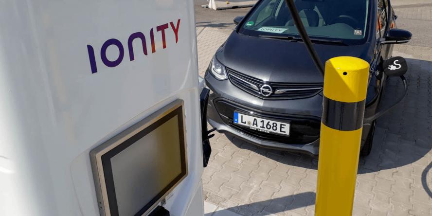 ionity-charging-station-ladestation-tritium-brohtal-ost-01