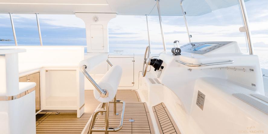 soel-yachts-soelcat-12-solar-catamaran-01