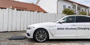 bmw-530e-iperformance-induktives-laden-03