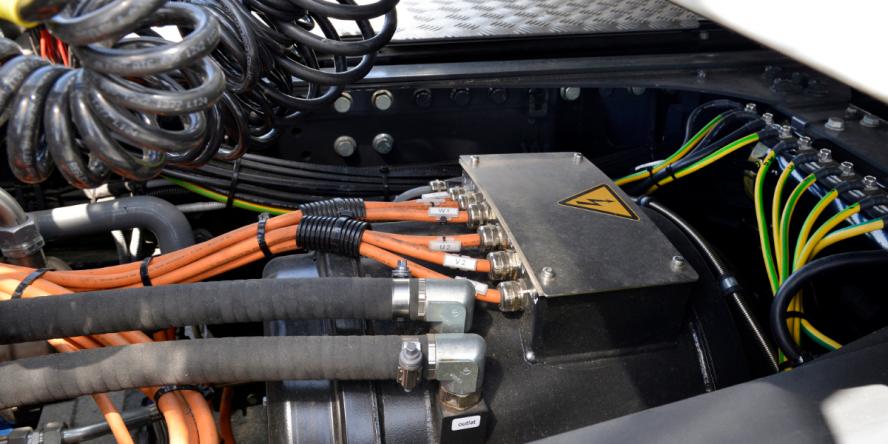 daf-vdl-cf-electric-elektro-lkw-electric-truck-04