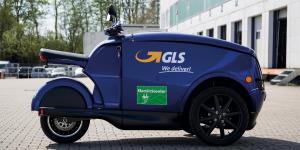 gls-e-scooter-ewii-tripl-01